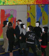 doucement-3-les-enfants-masques-copie-1